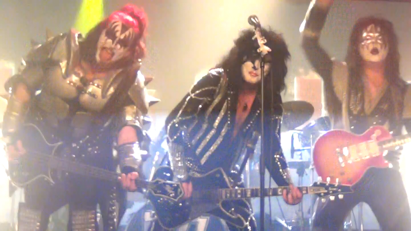 KISS on the Rocks speelt ALIVE